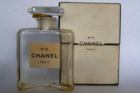 vintage_chanel_bottle